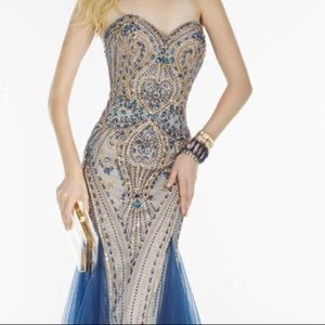 Sweetheart Neckline Navy Alyce Paris Dress
